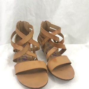 Blowfish Tan Khaki Strappy Sandals 8